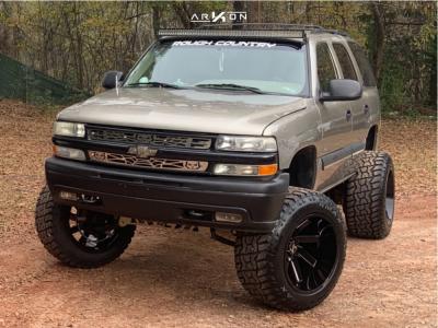 "2001 Chevrolet Tahoe - 22x14 -81mm - ARKON OFF-ROAD Lincoln - Suspension Lift 6"" - 37"" x 13.5"""