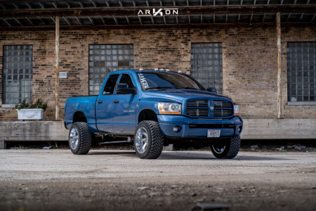 "2006 Dodge Ram 2500 - 20x12 -51mm - ARKON OFF-ROAD Lincoln - Leveling Kit - 33"" x 12.5"""
