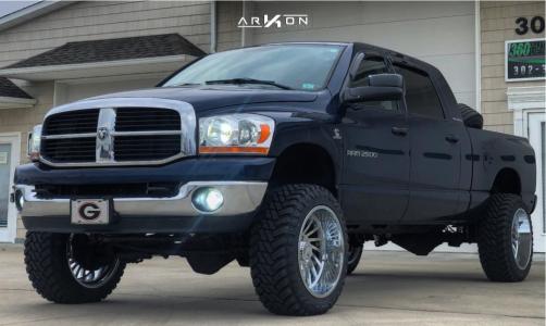 "2006 Dodge Ram 2500 - 22x12 -51mm - ARKON OFF-ROAD Caesar - Suspension Lift 4.5"" - 35"" x 12.5"""