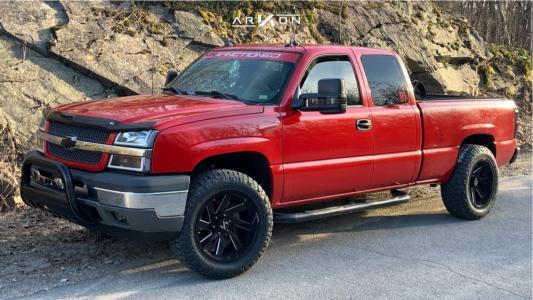 "2004 Chevrolet Silverado 1500 - 20x10 -22mm - ARKON OFF-ROAD Lincoln - Leveling Kit - 33"" x 10.5"""