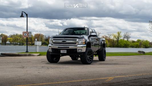 "2012 Chevrolet Silverado 1500 - 22x12 -51mm - ARKON OFF-ROAD Roosevelt - Suspension Lift 6"" - 325/50R22"