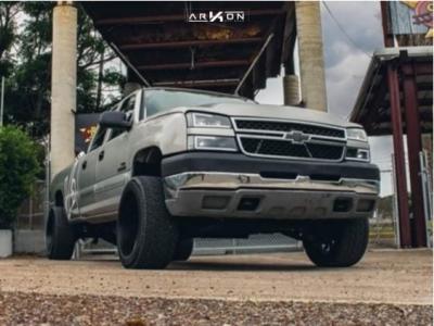 2007 Chevrolet Silverado 2500 HD Classic - 22x12 -51mm - ARKON OFF-ROAD Mandela - Stock Suspension - 305/40R22