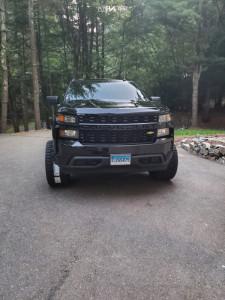 """2019 Chevrolet Silverado 1500 - 24x14 81mm - ARKON OFF-ROAD Caesar - Suspension Lift 4"""" - 33"""" x 12.5"""""""
