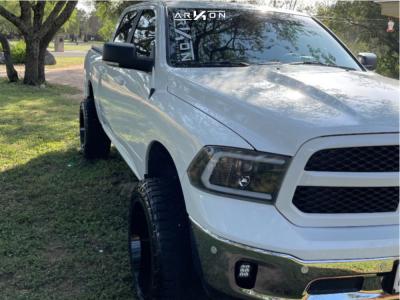 """2019 Ram 1500 Classic - 22x12 -44mm - ARKON OFF-ROAD Alexander - Suspension Lift 4"""" - 33"""" x 12.5"""""""