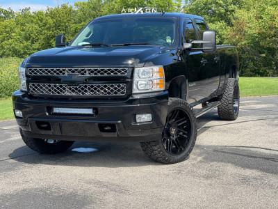 "2014 Chevrolet Silverado 2500 HD - 22x10 -25mm - ARKON OFF-ROAD Davinci - Leveling Kit - 33"" x 12.5"""