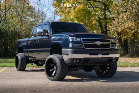 """2007 Chevrolet Silverado 2500 HD Classic - 22x14 -81mm - ARKON OFF-ROAD Lincoln - Suspension Lift 4.5"""" - 305/45R22"""
