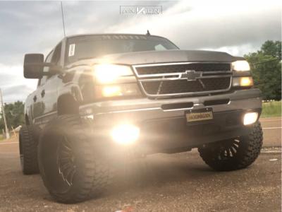 """2006 Chevrolet Silverado 1500 - 24x14 -81mm - ARKON OFF-ROAD Alexander - Suspension Lift 6"""" - 35"""" x 15.5"""""""
