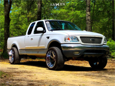 1999 Ford F-150 - 22x12 -51mm - ARKON OFF-ROAD Lincoln - Leveling Kit - 305/40R22