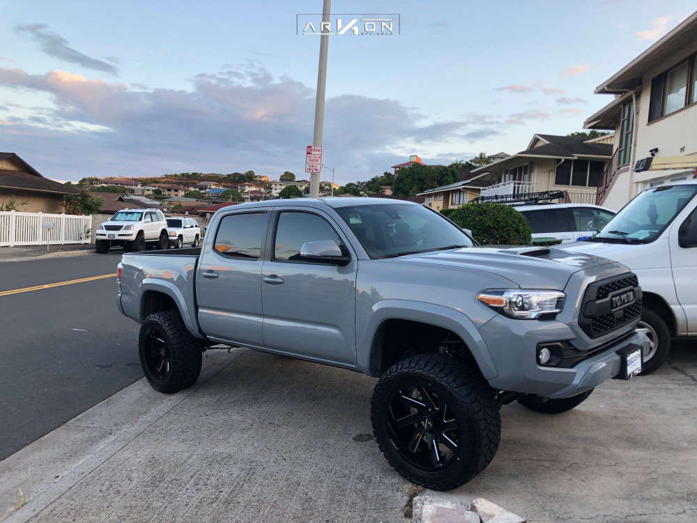 4 2020 Tacoma Toyota Rough Country Suspension Lift 4in Arkon Off Road Lincoln Black