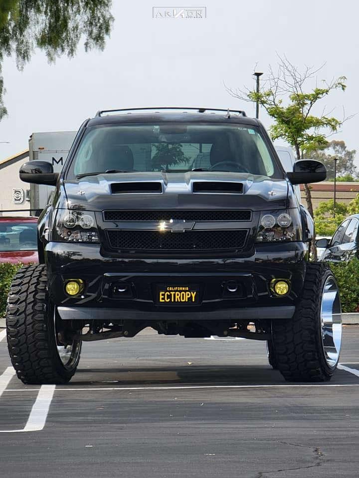 2 2013 Tahoe Chevrolet Fabtech Suspension Lift 9in Arkon Off Road Lincoln Chrome