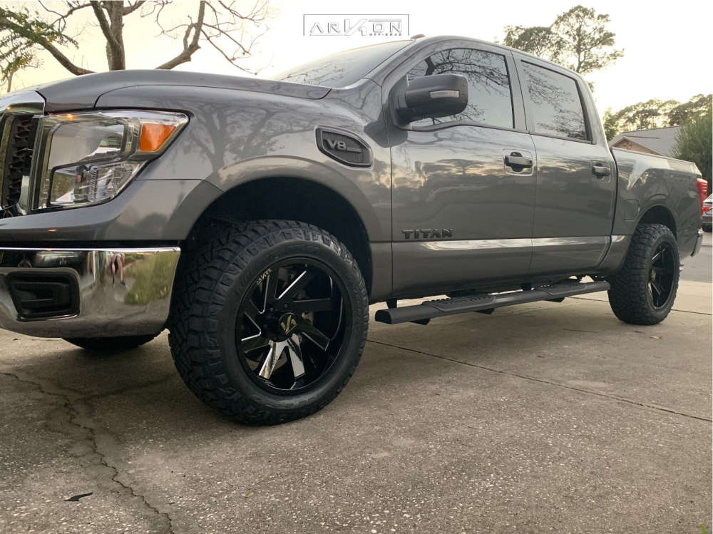 1 2017 Titan Nissan Rough Country Lowered 2f 4r Arkon Off Road Lincoln Black
