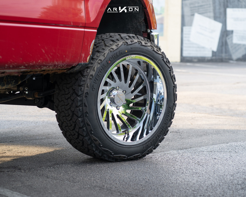 Ford F150 with ARKON OFFROAD Caesar